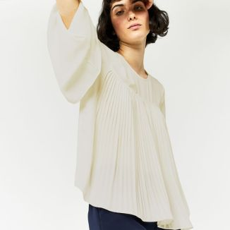 warehouse_02932601_2 pleat front top £39