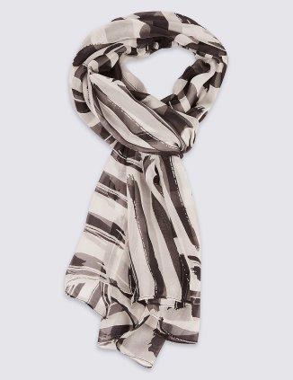 SD_01_T01_6396T_Y4_X_EC_90 M&S silk £25
