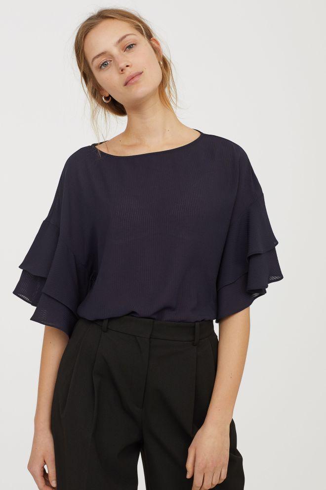 H&M Flounced sleeve top £12.99