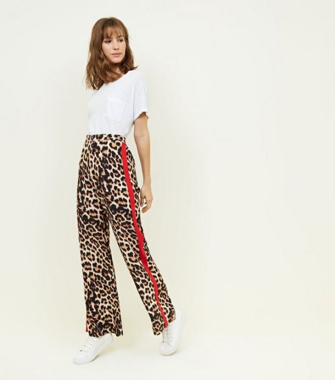 New Look Leopard Side stripe wide leg trouser £24.99