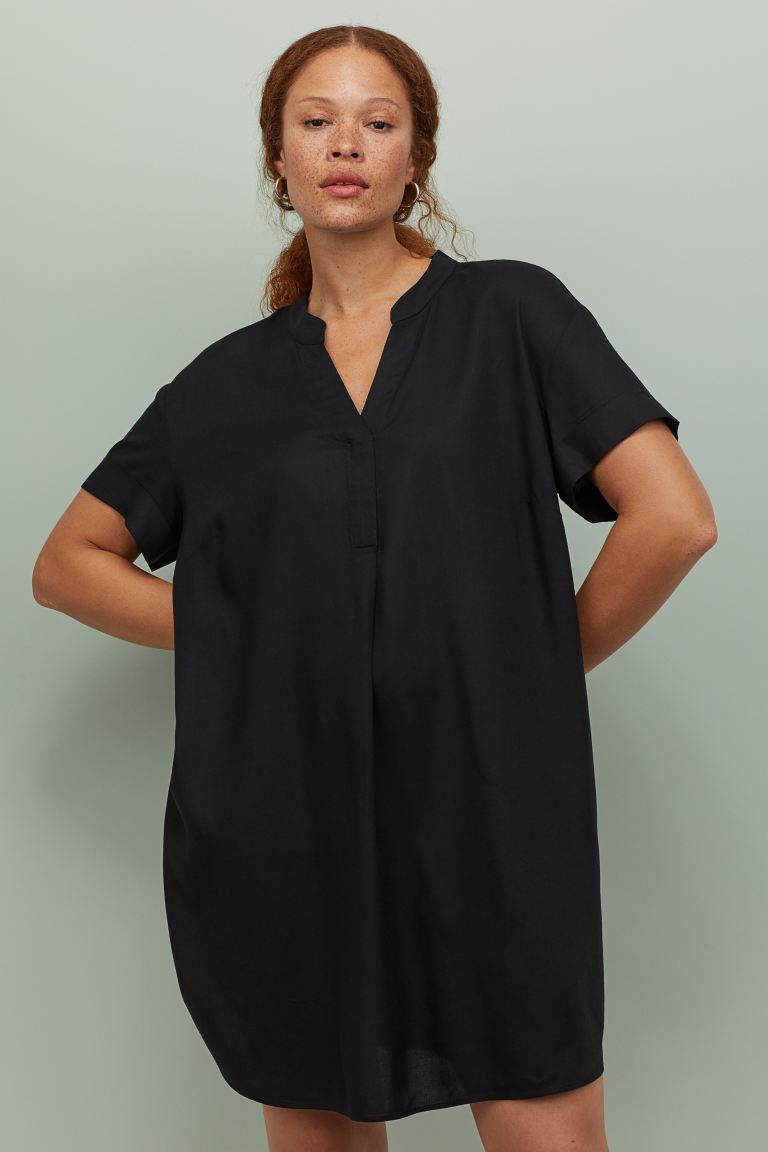 H&M V-neck dress £17.99