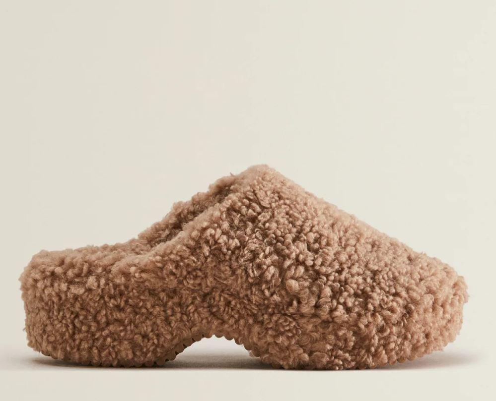 Zara Faux Shearling Clog Slippers £39.99