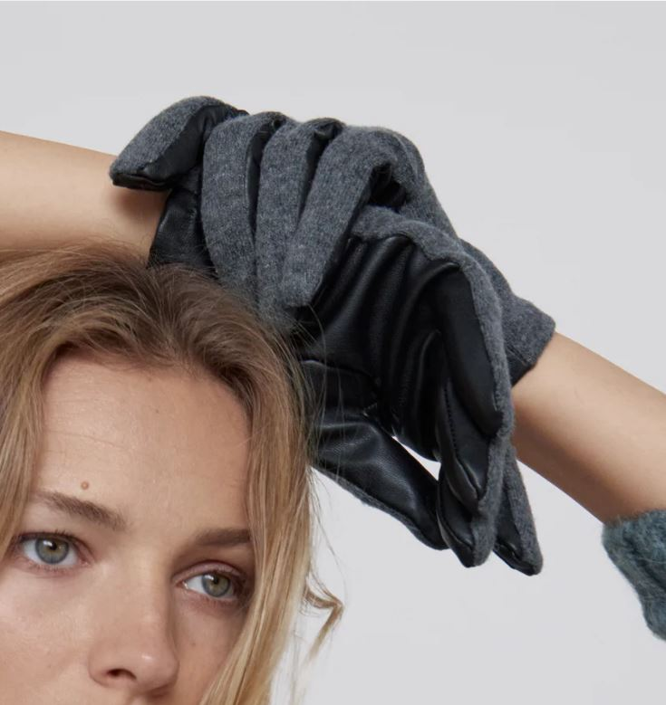 Zara Contrast Gloves £15.99